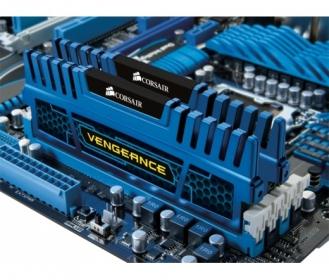 Corsair Vengeance 2x4GB 1600MHz DDR3 Kék (CMZ8GX3M2A1600C9B)