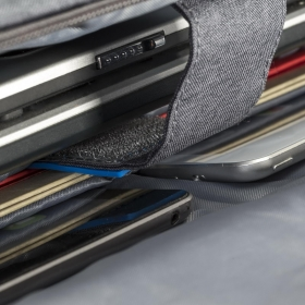 RivaCase 7590 Transformer 16''Szürke Notebook táska (4260403570463)