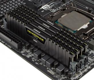 Corsair Vengeance LPX 16GB (4x4GB) 2800MHz DDR4 Fekete (CMK16GX4M4A2800C16)