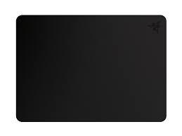 RAZER Manticor fém borítású fekete egérpad ( RZ02-00920100-R3M1)