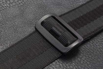 Rivacase Orly 8930 15,6'' Fekete Slim Notebook táska (NTRO8930B)