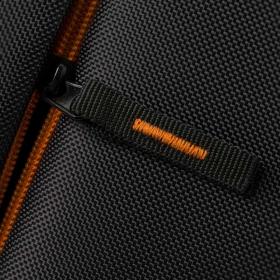 Rivacase Regent 8060 17'' Fekete Notebook hátizsák (NTRR8060B)