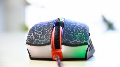 A4-Tech Bloody A7 USB optikai fekete gamer egér