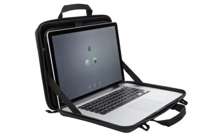 Thule Gauntlet 3.0 MacBook 15'' fekete laptop táska (TGAE-2254)